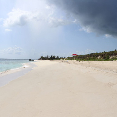 Rain is coming to Orchid Bay beach