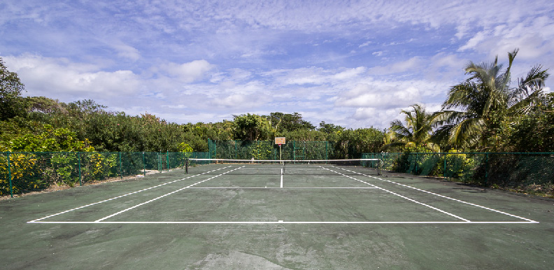 Tennis court for Marina and Resort guests